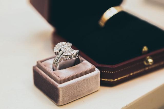 Pelajari Cara Merangkai Seserahan Pernikahan
